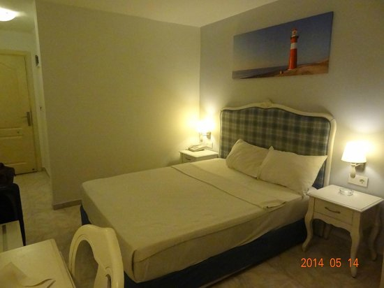 Atlantique Holiday Club: bed