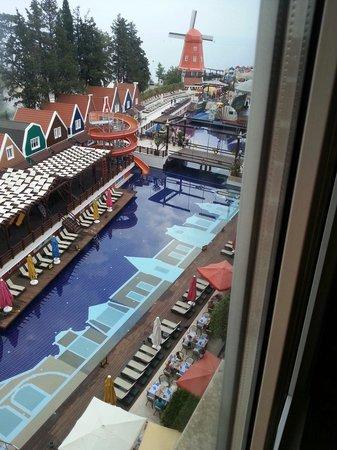 Orange County Resort Hotels : Вид из фойе