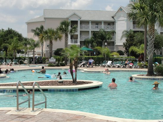 Crown Club Inn Orlando By Exploria Resorts: Big Kahuna Pool