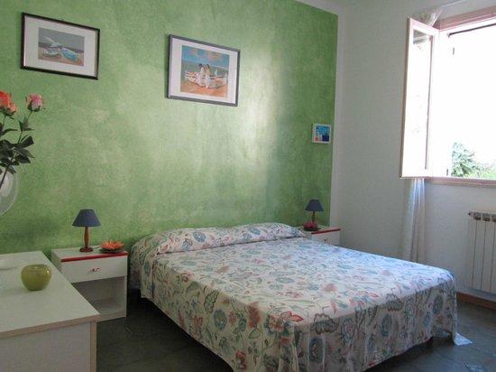 Camera da letto - Foto di Fiori di Arancio, Lipari - TripAdvisor