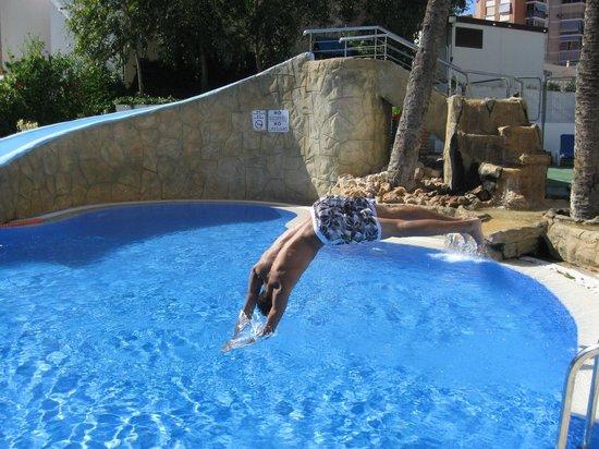Hotel RH Corona del Mar: en la piscina