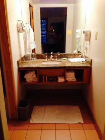 Hotel Santa Fe, The Hacienda and Spa : Small Bathroom Vanity