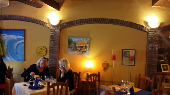 Restaurante Kristin: Inside the restaurant