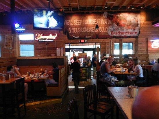 Logan S Roadhouse Cincinnati 4555 Eastgate Blvd Restaurant Reviews Phone Number Photos Tripadvisor