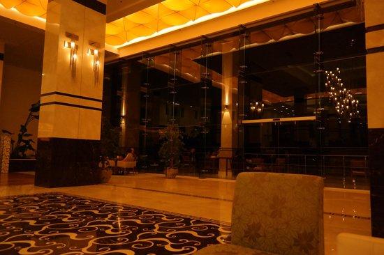Hilton Bodrum Turkbuku Resort & Spa : Hotel Lobby, 호텔로비