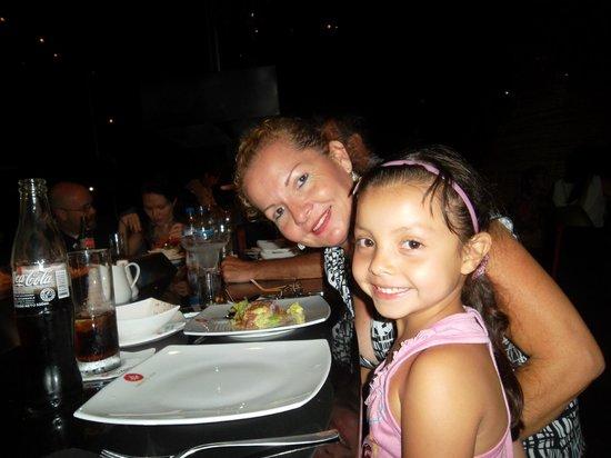 Jardin de Asia Restaurant & Lounge : Compartiendo en Familia