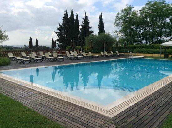 Borgo La Torre: Zwembad