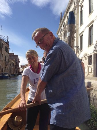 Row Venice: With Anna our instructor