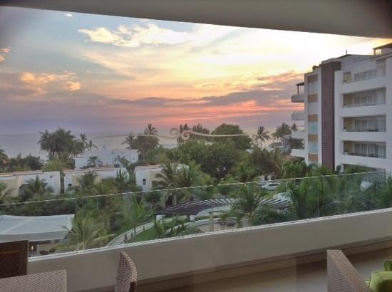 Marival Residences Luxury Resort Nuevo Vallarta: La tarde desde el Marival Residences