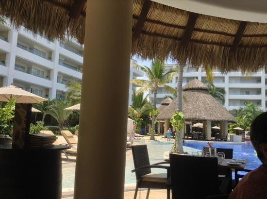 Marival Residences Luxury Resort Nuevo Vallarta: muy bonita piscina!