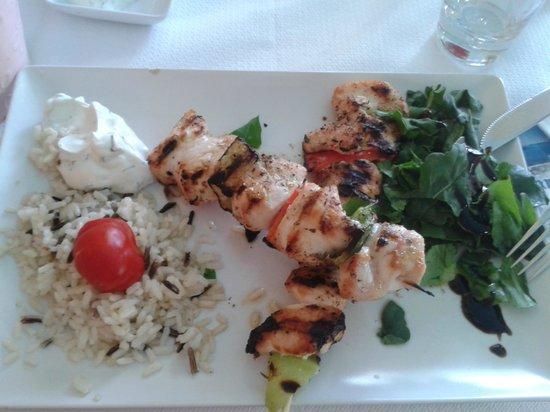 Salt & Pepper: souvlakis chicken