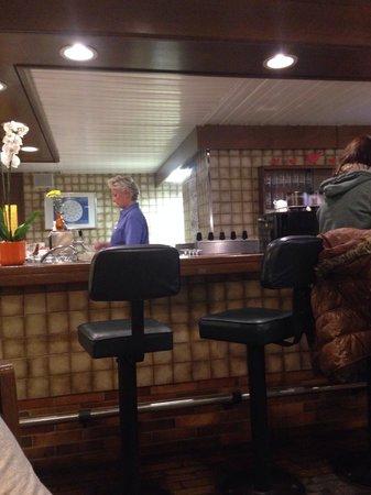 Grillstube BROILER: Broiler Bar
