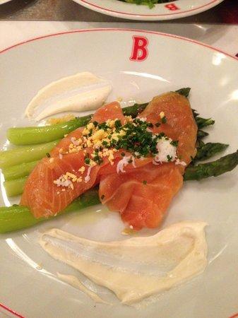 Benoit New York: Salmon and asparagus salad