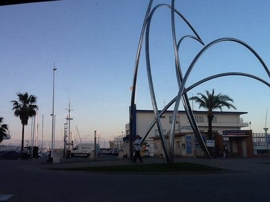 Playa de Gandia, Spanje: Artful view of Marina