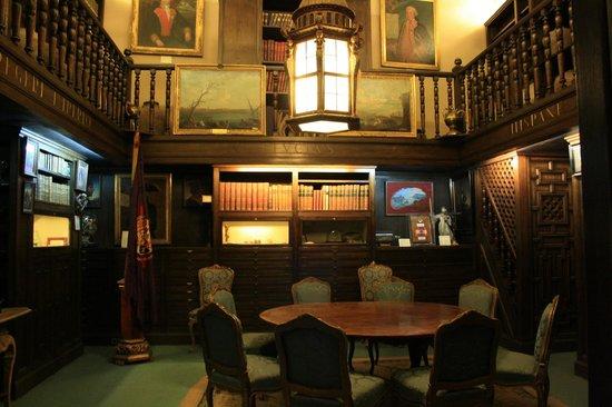 Naval Museum : interno di una barca (è una stanza)