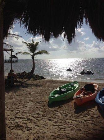 Maya Chan Beach : Beautiful and relaxing!