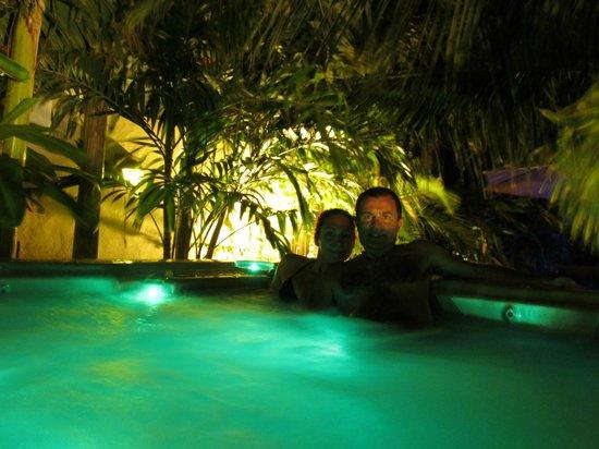 Bamboo Bali Bonaire - Boutique Resort : el jacuzzi