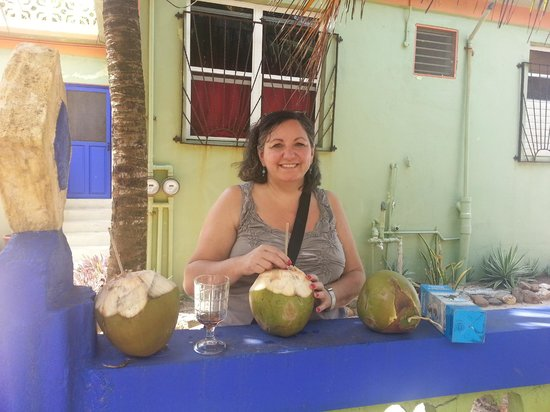Coconut Row Guest House: The welcome coconut when we arrived