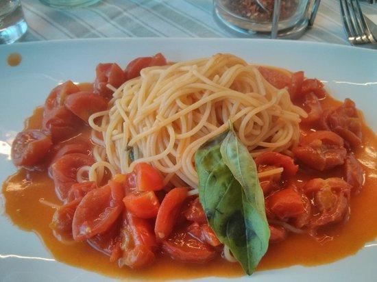 Syrenuse: Gluten Free Spaghetti Pomodoro