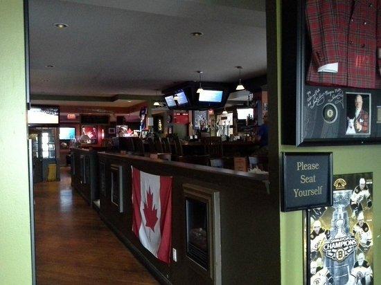Don Cherry's Sports Grill : interior