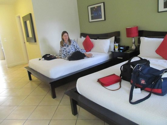 Suites on South Beach Miami: Suíte ampla
