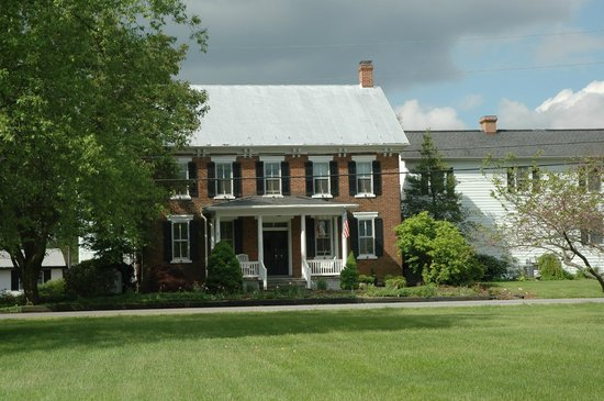 Pheasant Field Bed & Breakfast : Front view of this historic B&B  home.
