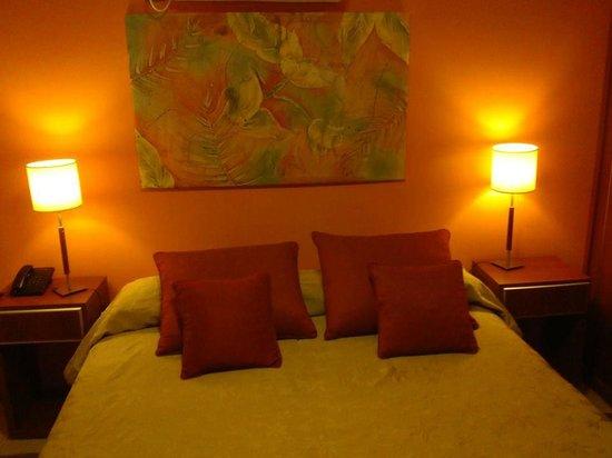 Hotel Jardin de Iguazu : Habitación