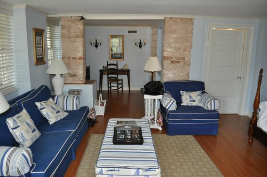 Cuthbert House Inn: The very comfortable Mariner Suite