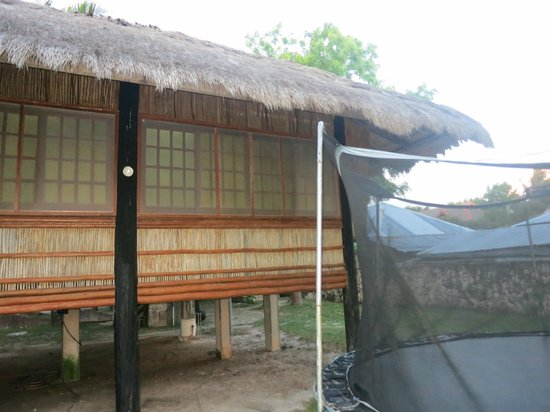 Club Serena Resort: The Beachfront Cottage & Trampoline