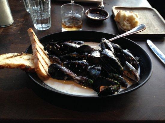 Water Grill Santa Monica: mussels