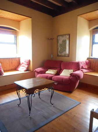 The Coastguard Station : Coastguard Station - Cute Living room in the one bedroom tower