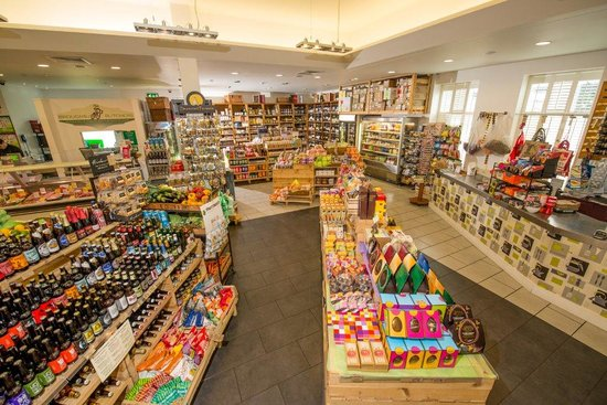Delifonseca Dockside: Deli Shelves