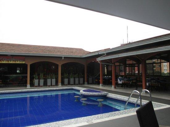 Hotel Chicamocha : Bar Piscina