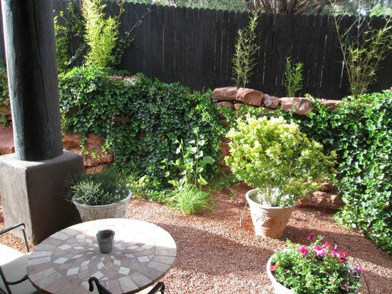 Adobe Grand Villas: Our courtyard area.