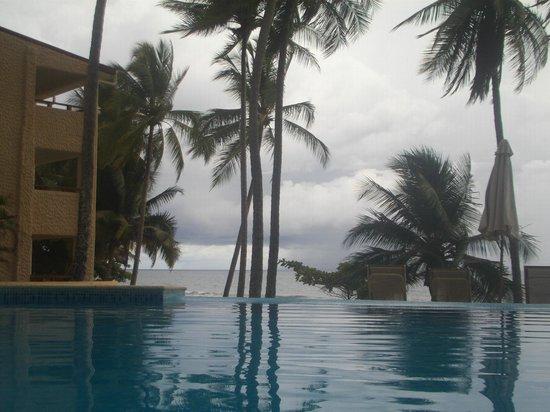 Tango Mar Beachfront Boutique Hotel & Villas: VISTA DESDE LAS PISCINAS