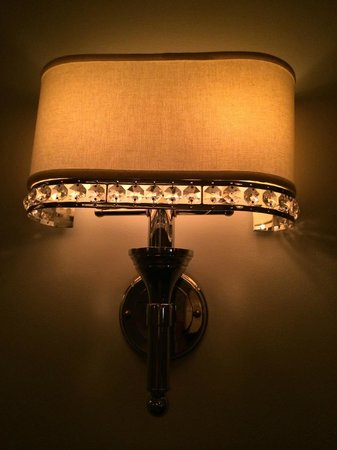 Mandarin Oriental, Atlanta : Light fixtures