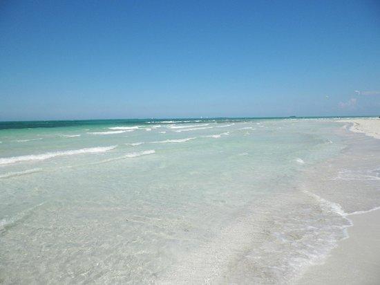 Hotel Meliá Marina Varadero: Beautiful white sandy beaches