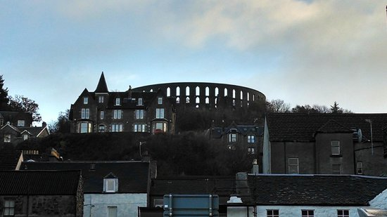 Columba Hotel : McCaig's Tower from the room