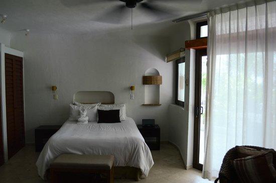 Playa Palms Beach Hotel: Sleeping area