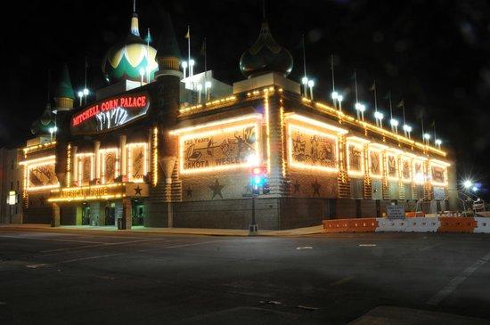 2011 photo of the Corn Palace at night.