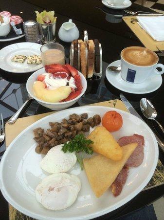 The Duke of Richmond Hotel: Such an amazing Breakfast