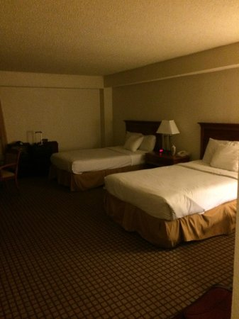 International Palms Resort & Conference Center: suite