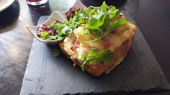 Cream : Rarebit with bacon and brie with Gooseberry and spicy Tomato chutney. Absolutely gorgeous, well