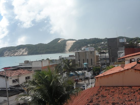 Marambaia Apart Hotel: morro do careca visto  da varanda da pousasada