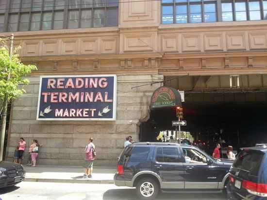 Reading Terminal Market: Entrance to Market