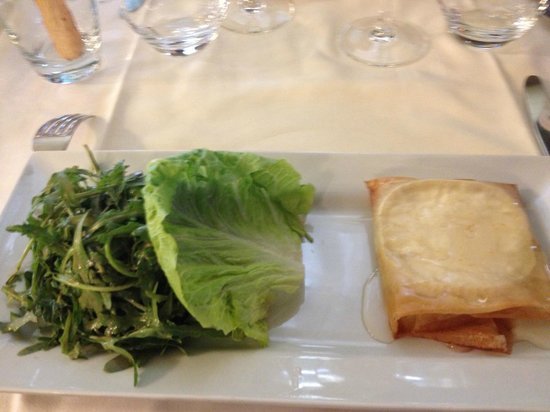 Le Pe Zinc Goat Cheese Tart With Salad