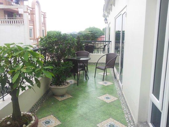 Hanoi Pearl Hotel : Balcony view