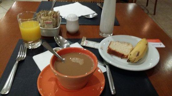 Intercity Nacoes Unidas: desayuno primera parte
