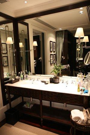 137 Pillars House : Bathroom