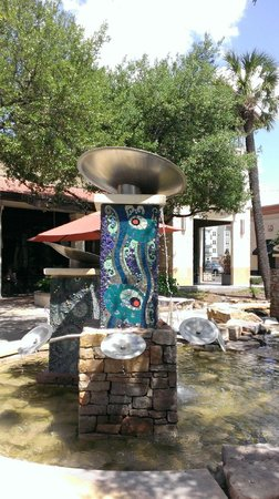 The Shops At La Cantera: Water Fountain